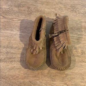 Minnetonka Shoes - Minnetonka moccasins